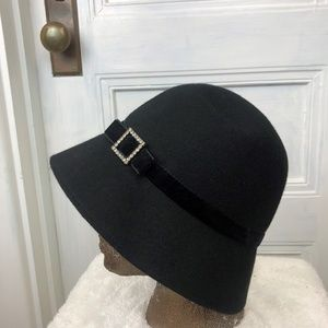 Vintage Women's Black Wool Bucket Hat